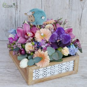 Lacy wooden box with colorful flowers and lamb