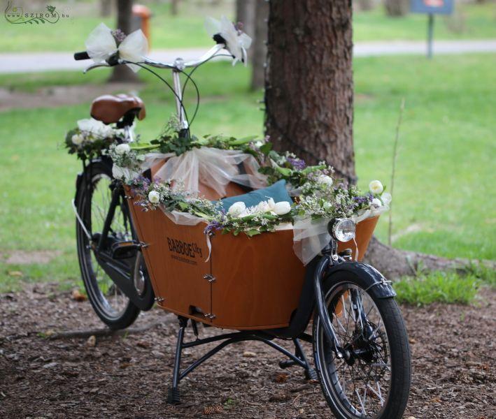 Szirom petal wedding florist budapest bridal bouquets wedding bicycle decor white purple tulip lilonium id 10757 wedding table decoration junglespirit Image collections