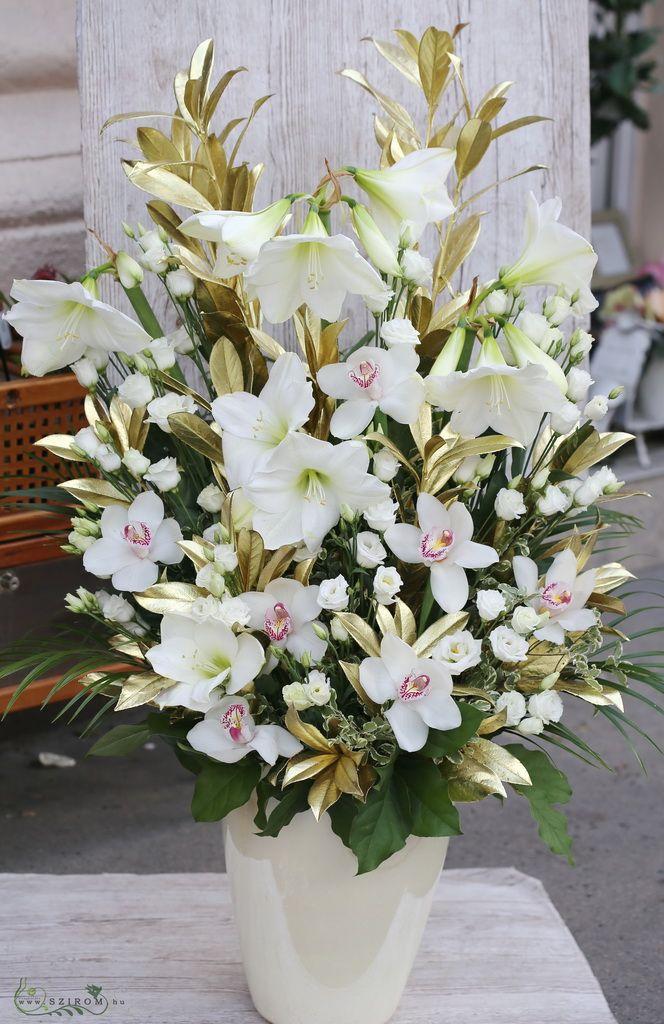Szirom petal wedding florist budapest bridal bouquets wedding corinthia budapest white gold flower arrangements wedding id 10750 mightylinksfo