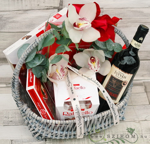 gift basket with orchids, chocolates and whine - virágküldés