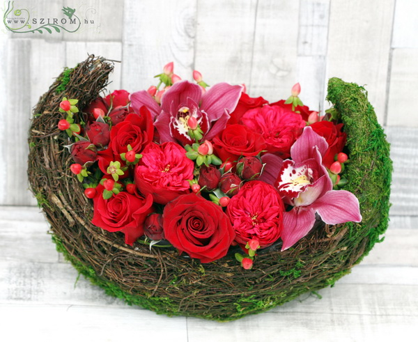 Flower moon, with red roses, orchids, english roses (32 cm, 20 stems) - virágküldés
