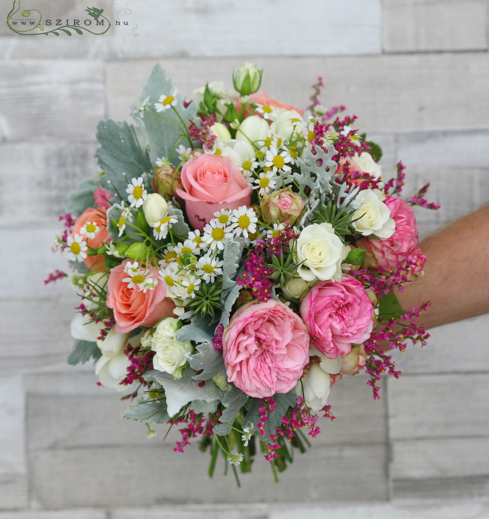 Bridal bouquet with meadow flowers ( Rose, English Rose, Kamilla, Limonium, pink,peach)