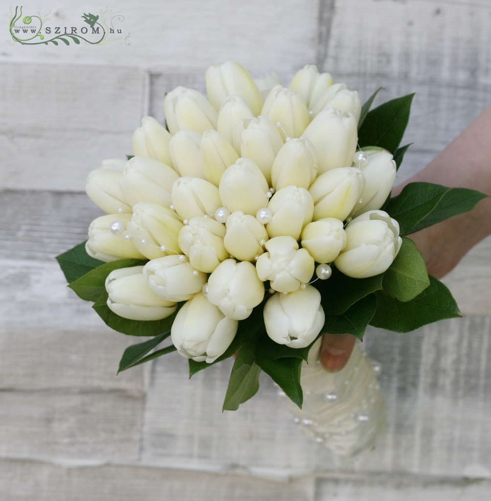 Bridal bouquet with tulips (white)