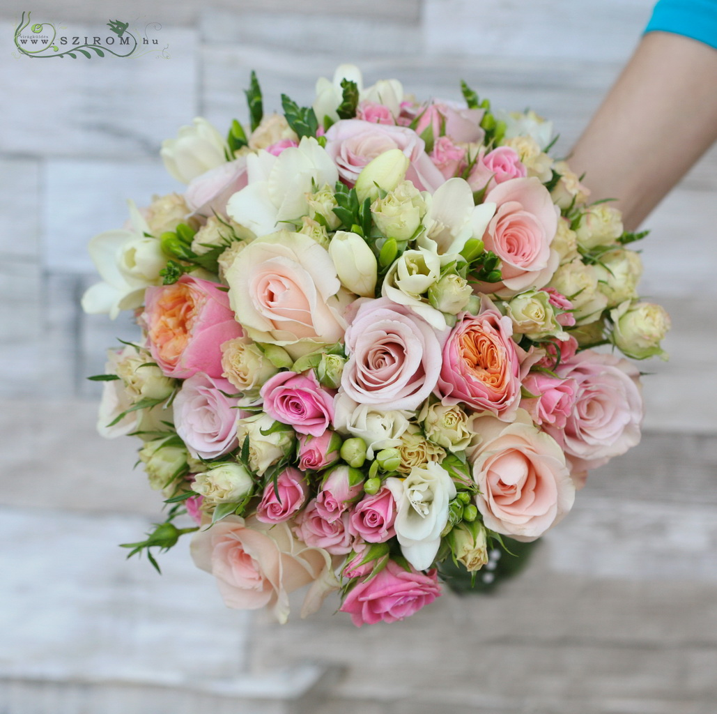 Bridal bouquet of pastel roses (rose, rose, rose bush, frisian, pink, peach color, white)