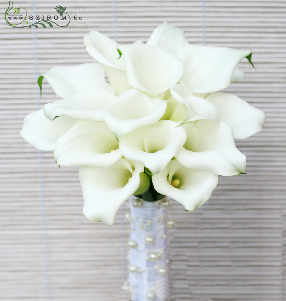Bridal bouquet of calla lilies (white)