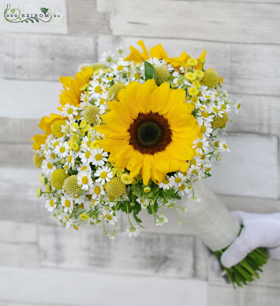 Bridal bouquet with sunflower and wild flowers (white, yelow)