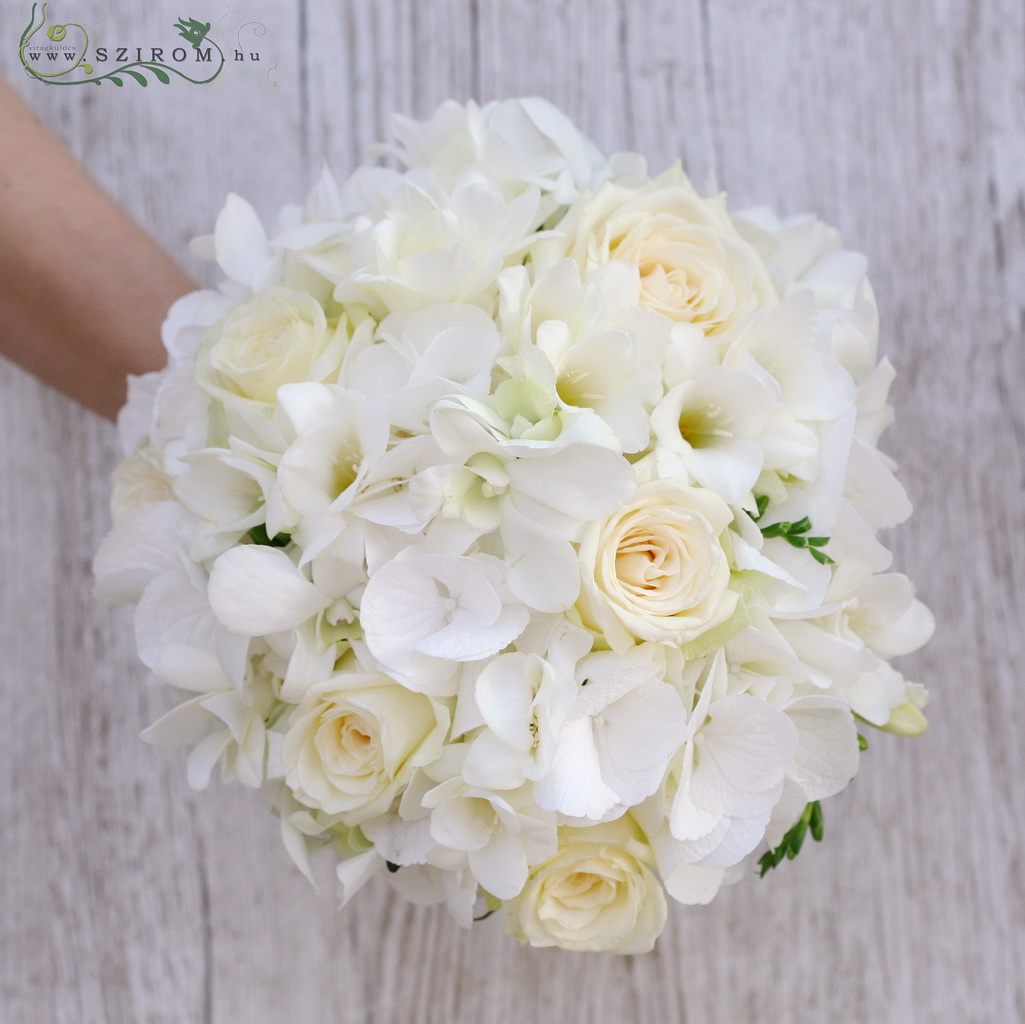 bridal bouquet (roses, hydrangea, freesia, white)