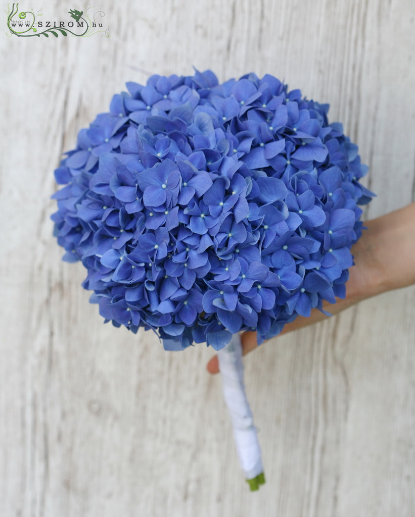 bridal bouquet (hydrangea, blue)