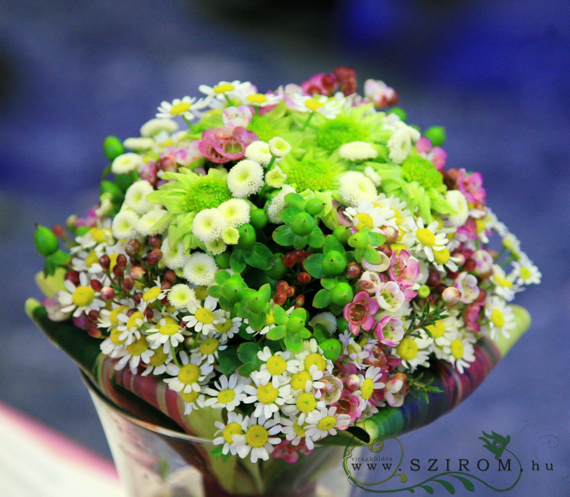 bridal bouquet (small flowers, berries, chamomile, wax, hipericum, santine, green, white, pink)
