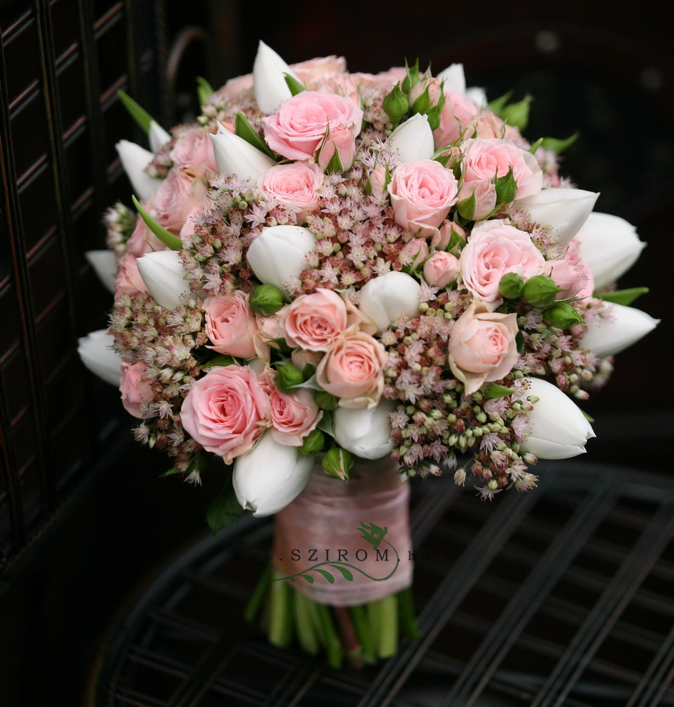 bridal bouquet (spray rose, tulip, sedum, pink)