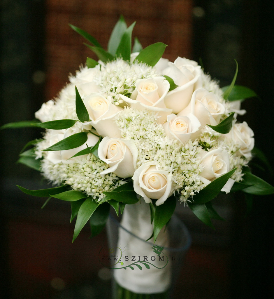 bridal bouquet (rose, white sedum, white)