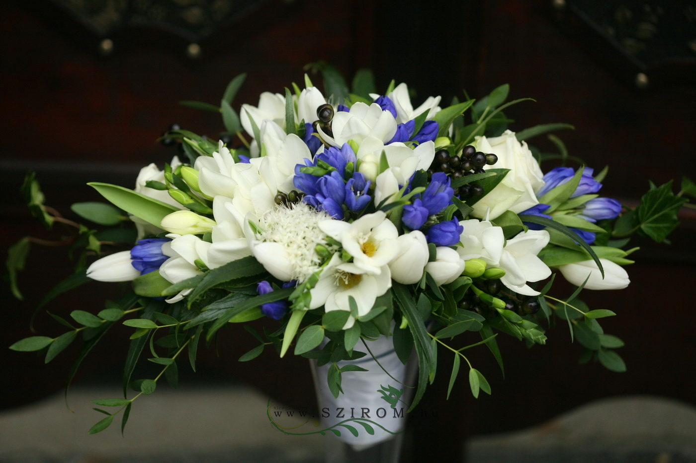 bridal bouquet (rose, freesia, entianthus,blue, white)